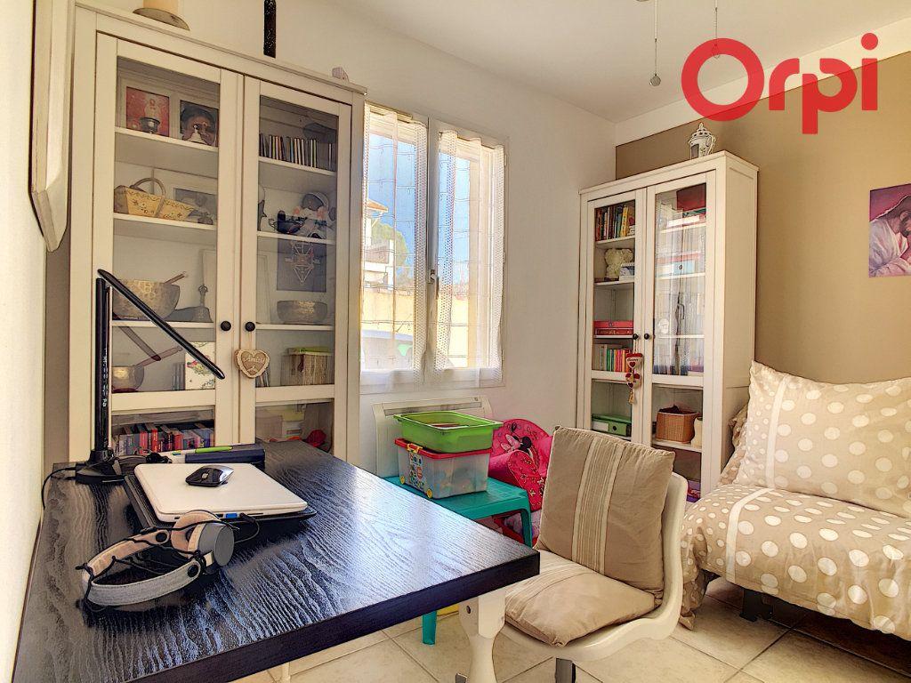 Maison à vendre 4 92m2 à La Seyne-sur-Mer vignette-13