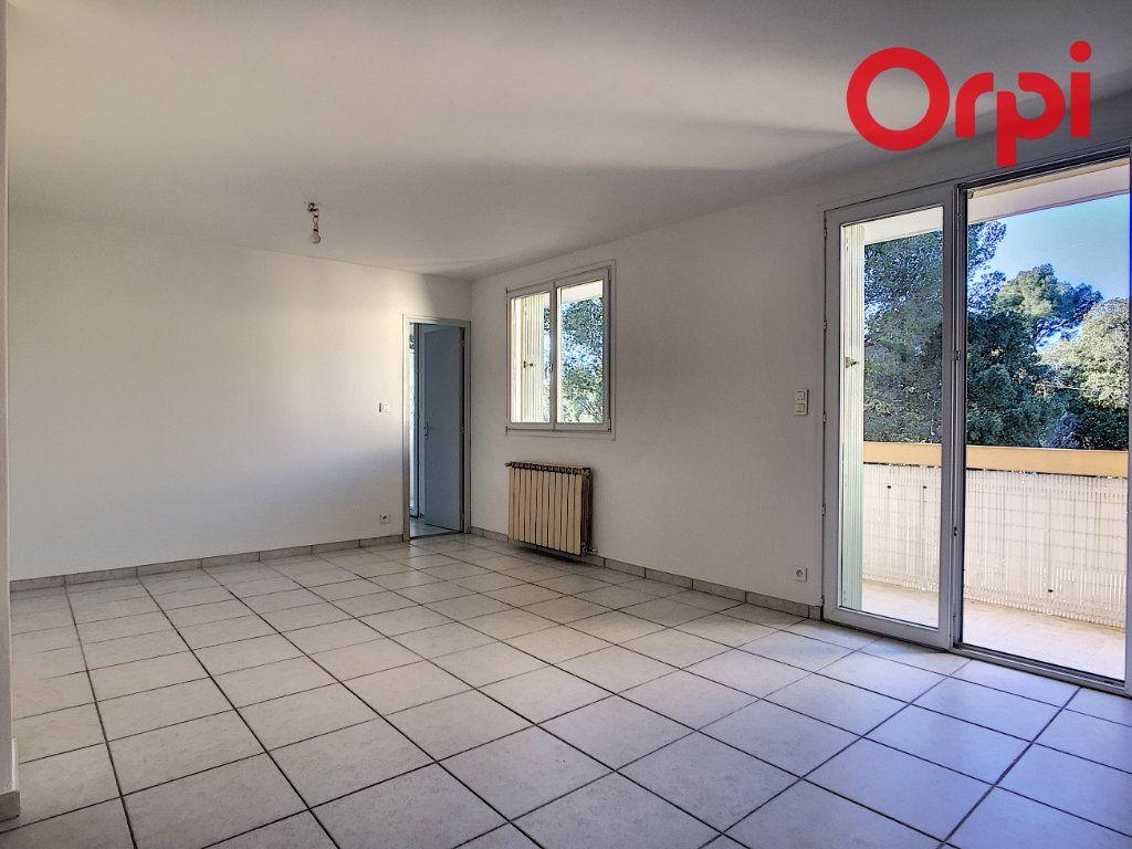 Appartement à vendre 5 76.78m2 à La Seyne-sur-Mer vignette-5