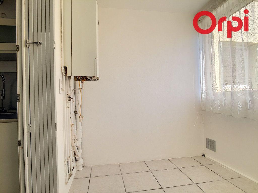 Appartement à vendre 5 76.78m2 à La Seyne-sur-Mer vignette-12