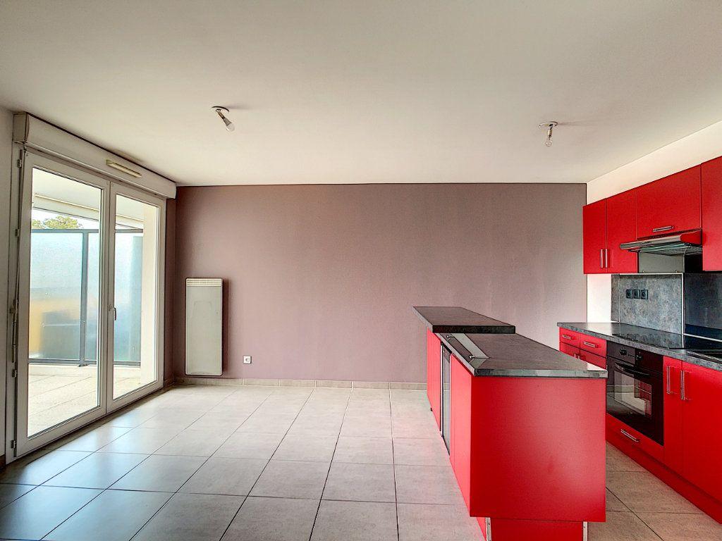 Appartement à vendre 2 42m2 à La Seyne-sur-Mer vignette-1