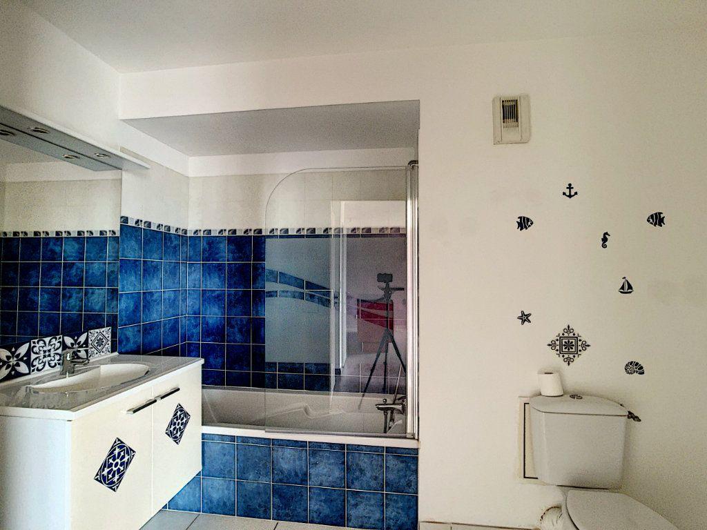Appartement à vendre 2 42m2 à La Seyne-sur-Mer vignette-5