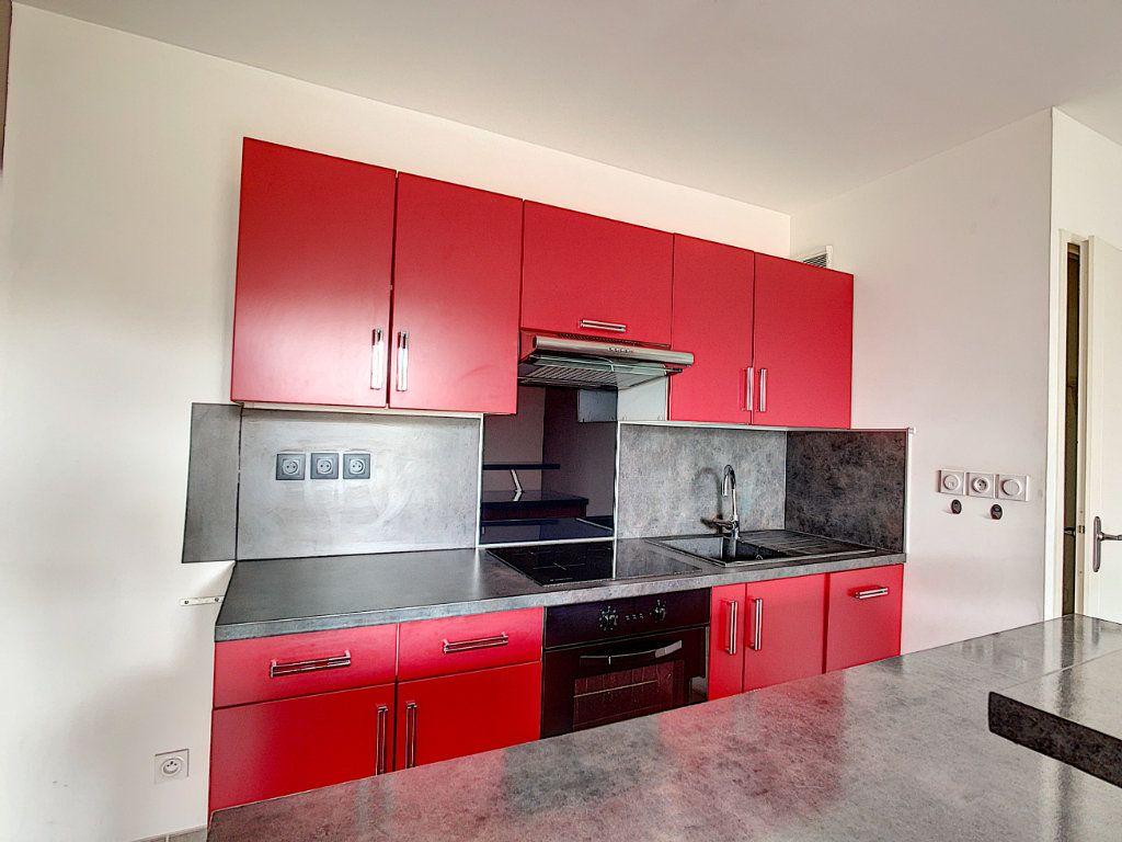 Appartement à vendre 2 42m2 à La Seyne-sur-Mer vignette-6