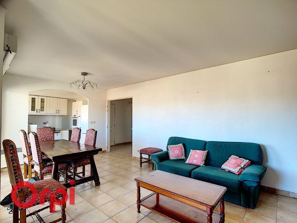 Appartement à vendre 4 86.2m2 à La Seyne-sur-Mer vignette-3