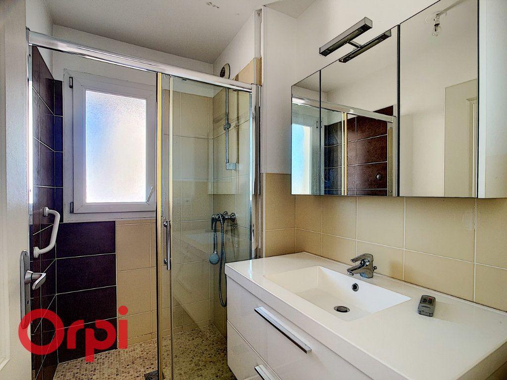 Appartement à vendre 4 86.2m2 à La Seyne-sur-Mer vignette-6
