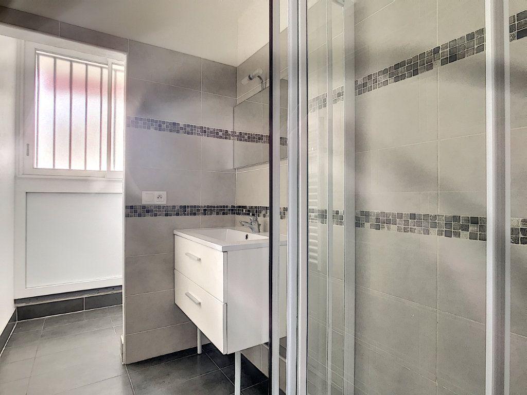 Appartement à vendre 3 56m2 à La Seyne-sur-Mer vignette-8