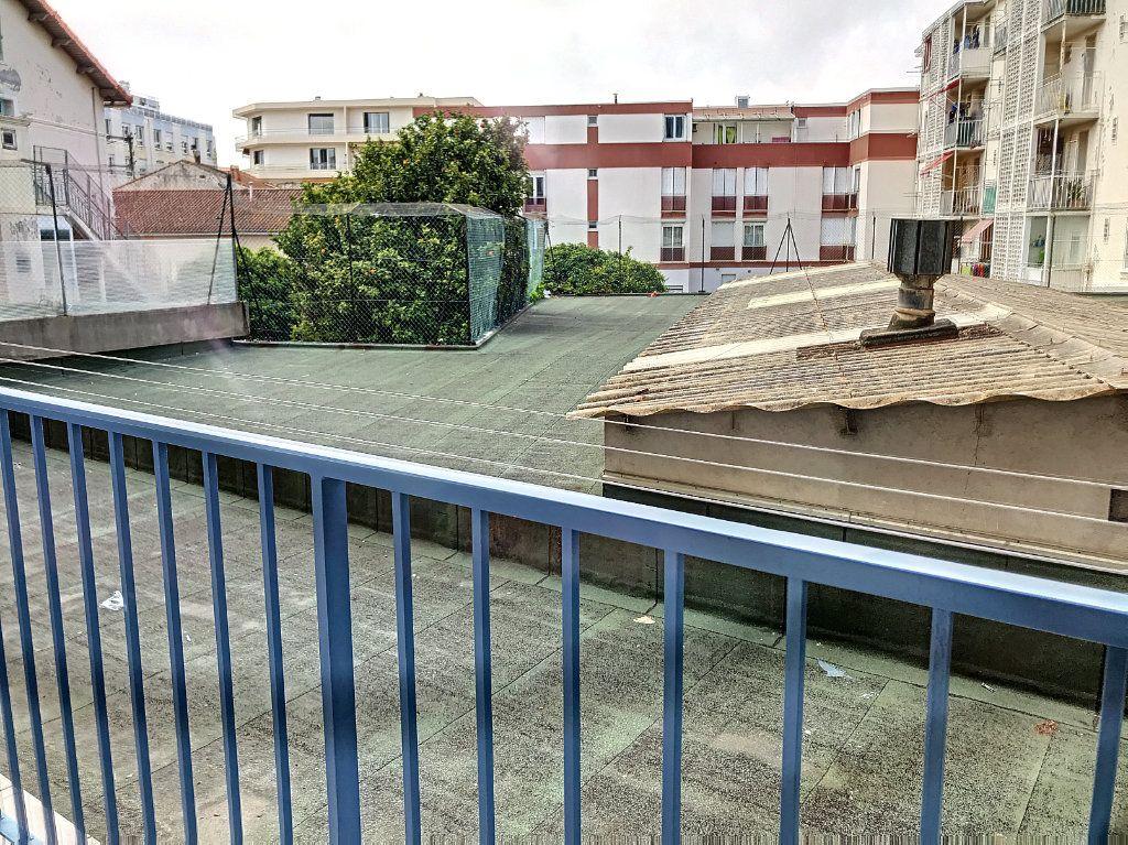 Appartement à vendre 3 56m2 à La Seyne-sur-Mer vignette-11