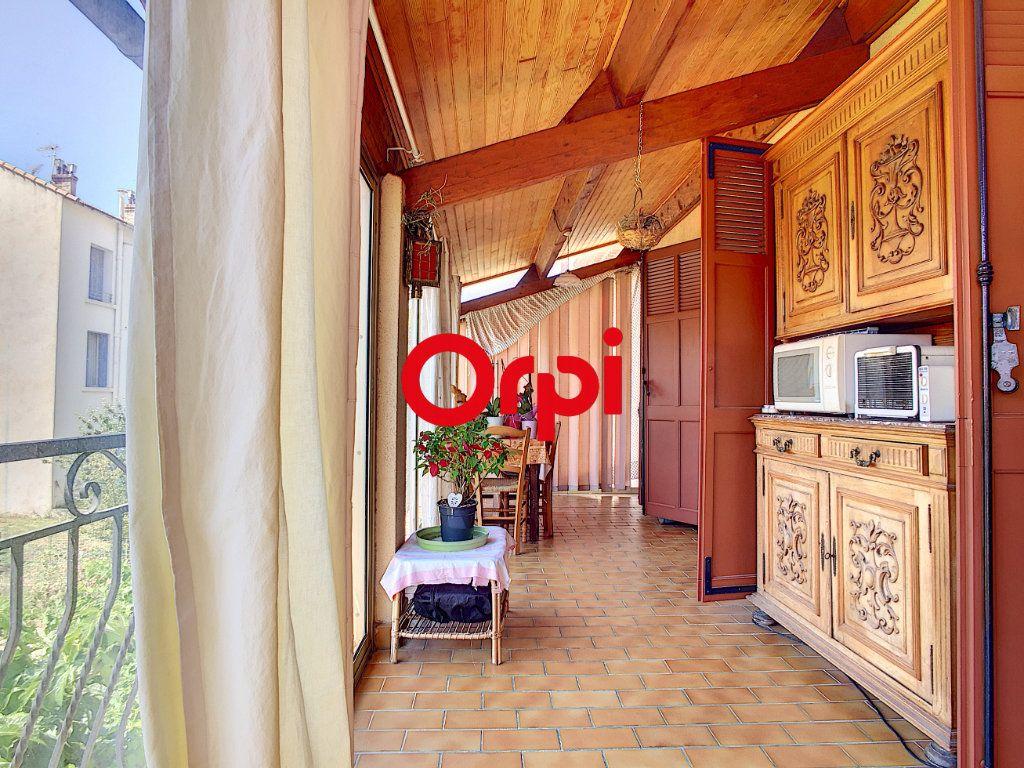 Maison à vendre 8 220m2 à La Seyne-sur-Mer vignette-10