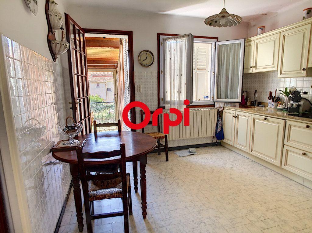 Maison à vendre 8 220m2 à La Seyne-sur-Mer vignette-13