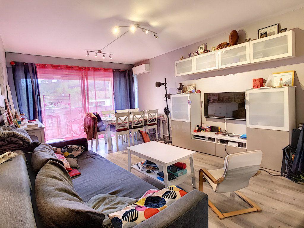 Appartement à vendre 4 80m2 à Saint-Mandrier-sur-Mer vignette-3