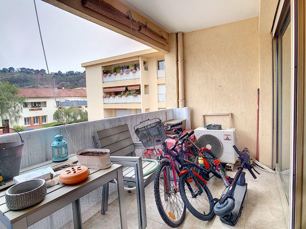 Appartement à vendre 4 80m2 à Saint-Mandrier-sur-Mer vignette-4