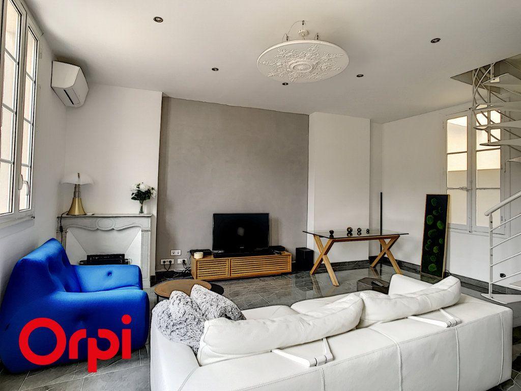Appartement à vendre 3 59.39m2 à Ollioules vignette-4