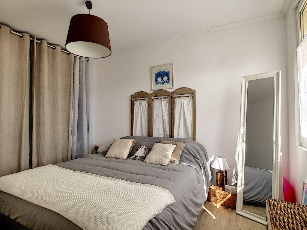 Appartement à vendre 4 67m2 à La Seyne-sur-Mer vignette-11