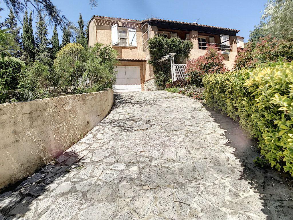 Maison à vendre 3 82m2 à La Seyne-sur-Mer vignette-1