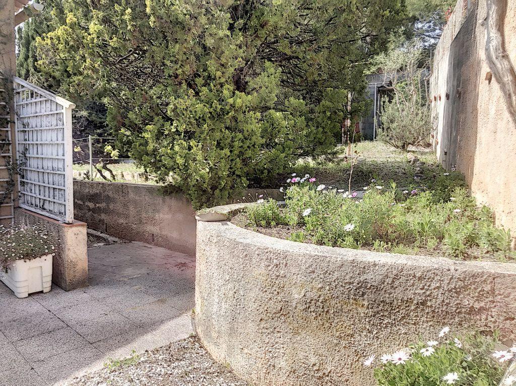 Maison à vendre 3 82m2 à La Seyne-sur-Mer vignette-12