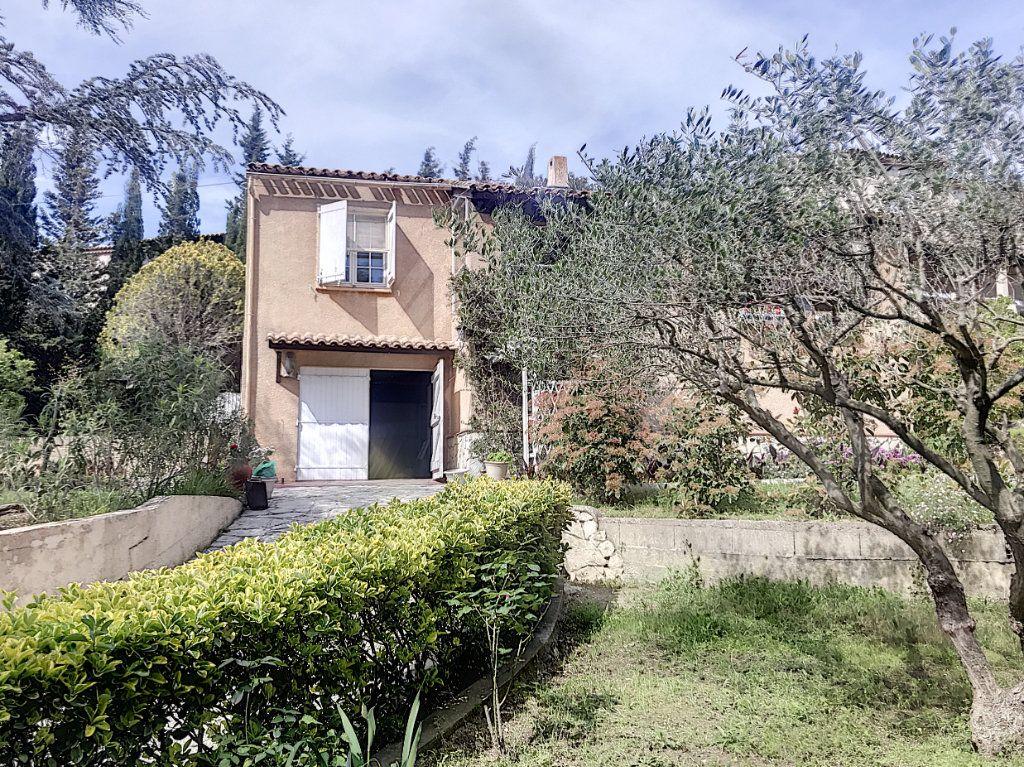Maison à vendre 3 82m2 à La Seyne-sur-Mer vignette-16