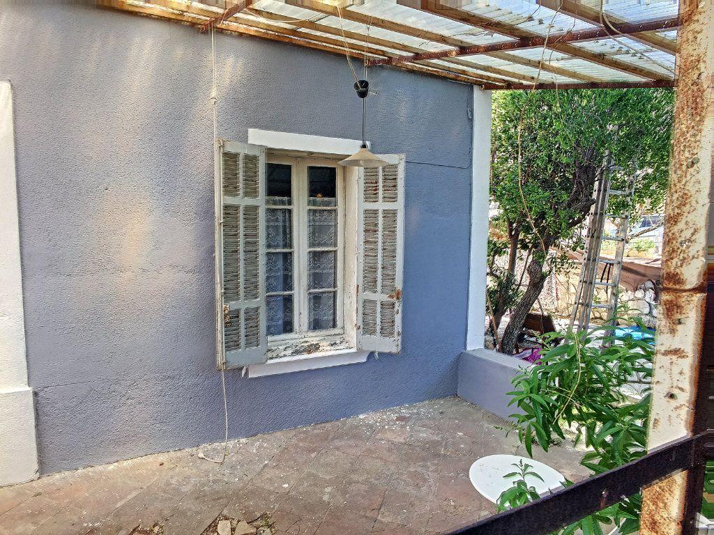 Appartement à vendre 1 29.71m2 à La Seyne-sur-Mer vignette-4