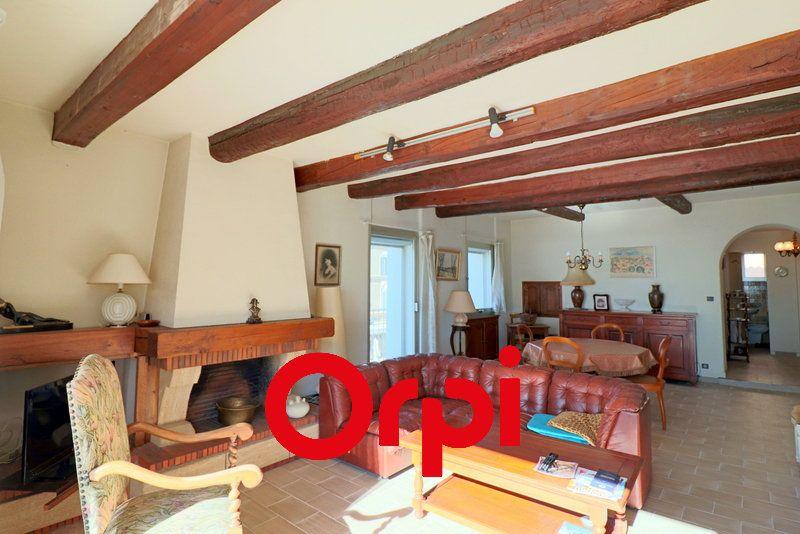Appartement à vendre 3 80.37m2 à Bandol vignette-4