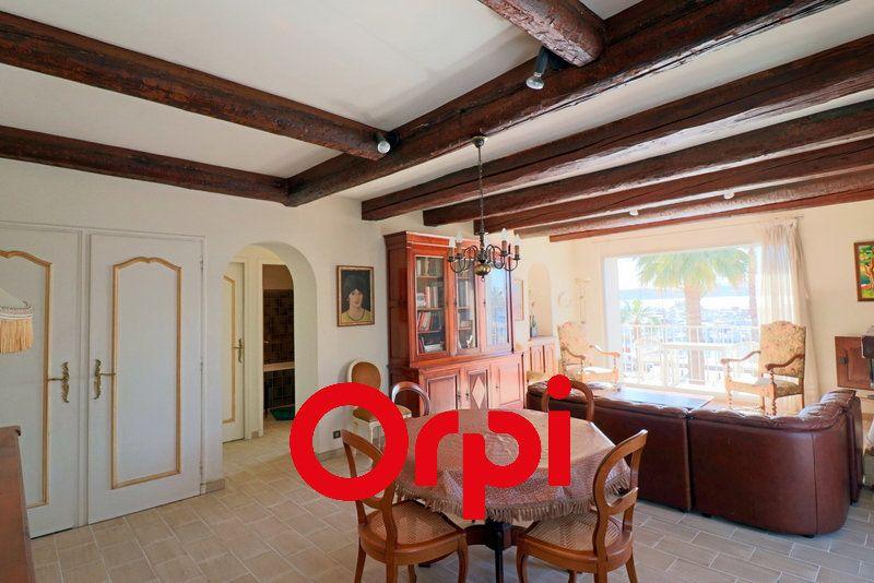 Appartement à vendre 3 80.37m2 à Bandol vignette-5