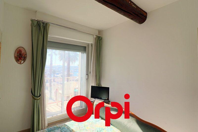 Appartement à vendre 3 80.37m2 à Bandol vignette-6