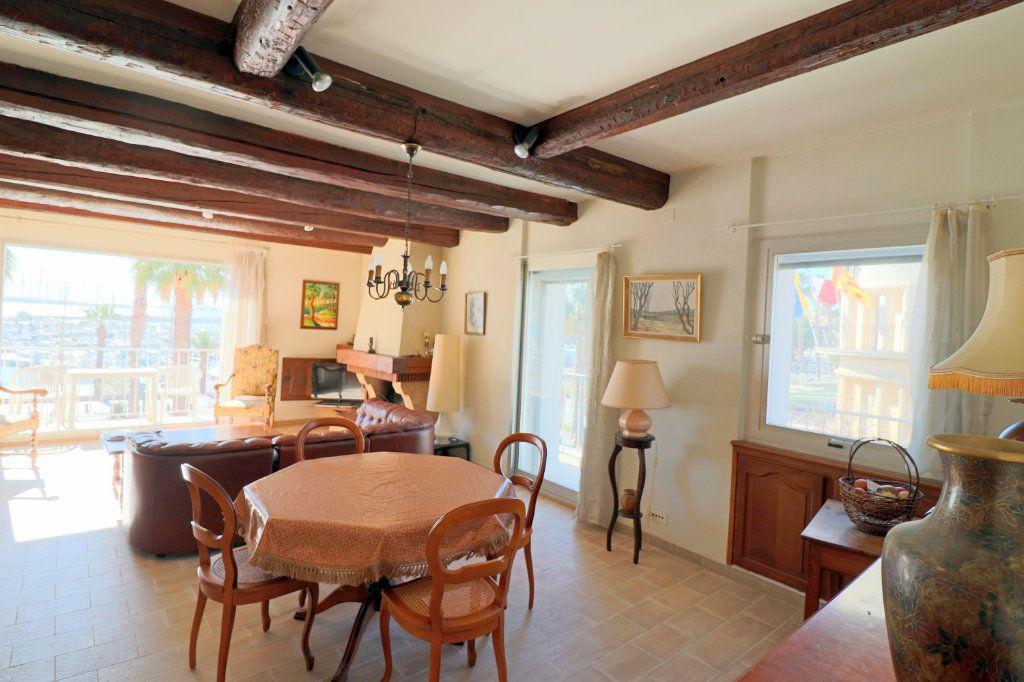 Appartement à vendre 3 80.37m2 à Bandol vignette-9
