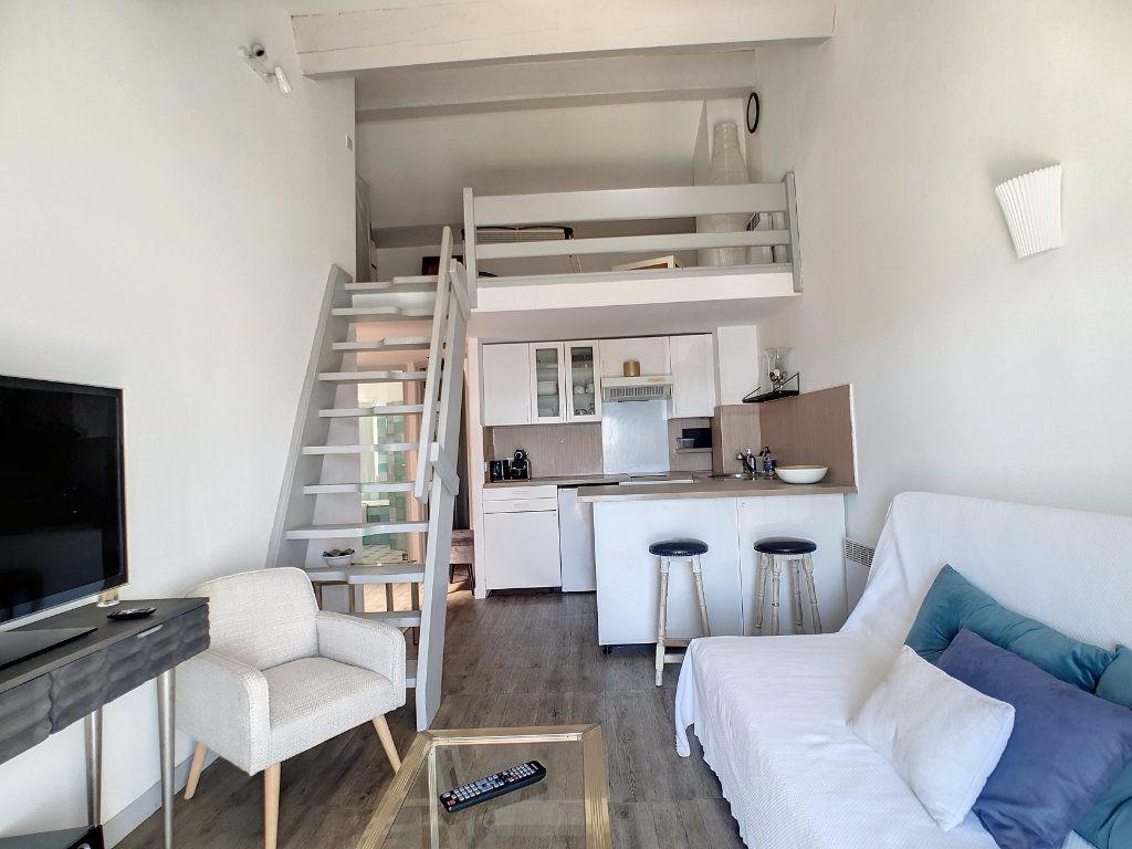 Appartement à louer 2 39.37m2 à Bandol vignette-3