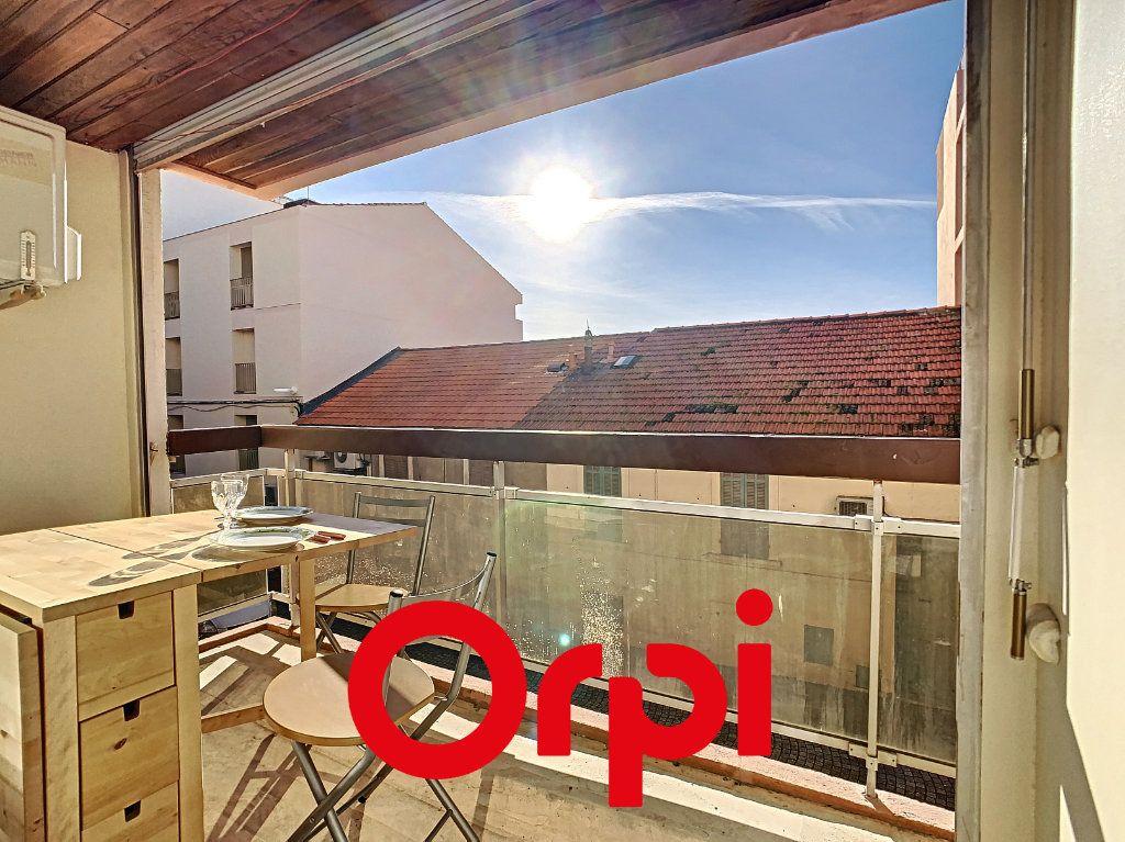 Appartement à vendre 1 22.41m2 à Bandol vignette-2