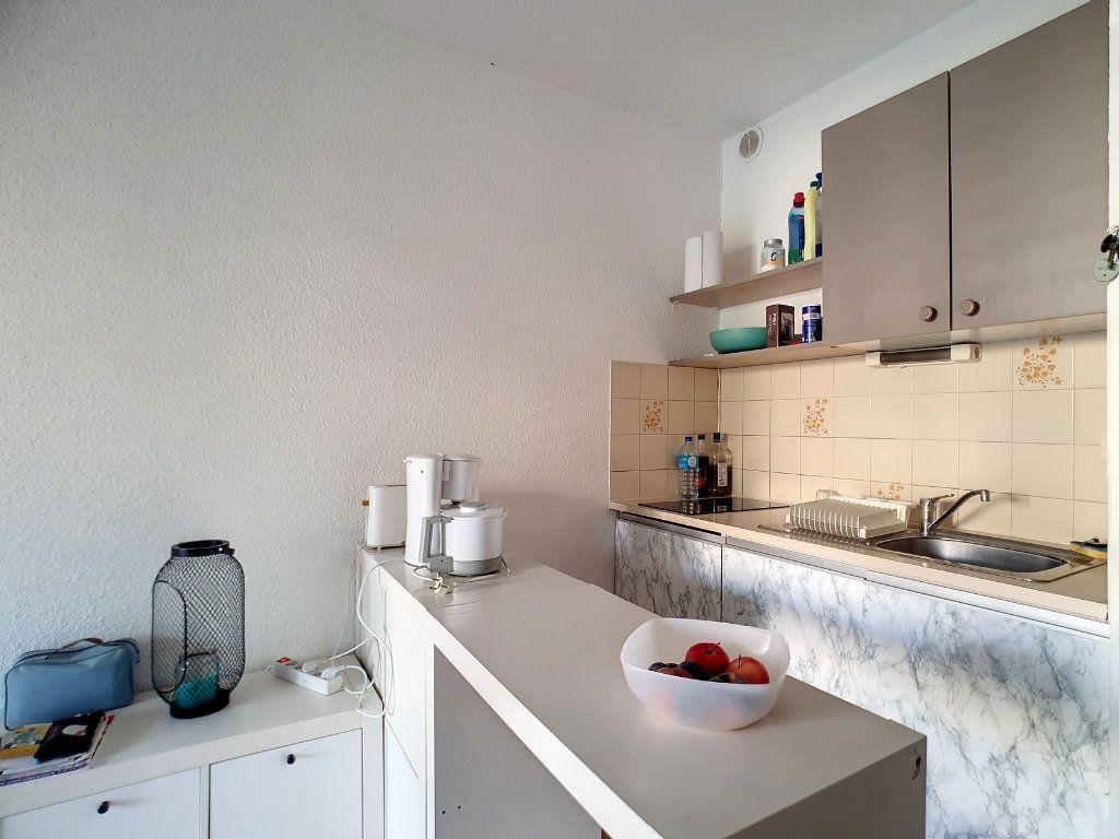 Appartement à louer 3 45.29m2 à Bandol vignette-5