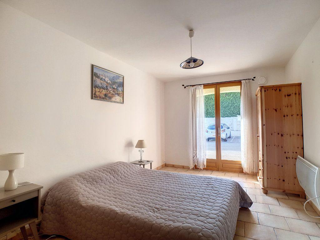 Appartement à louer 3 45.29m2 à Bandol vignette-7