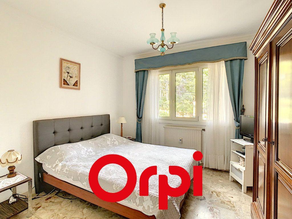 Appartement à vendre 3 70.41m2 à Bandol vignette-4