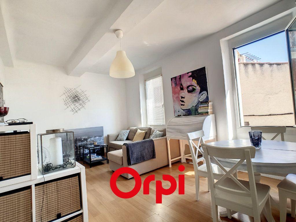 Appartement à louer 2 39.08m2 à Bandol vignette-3