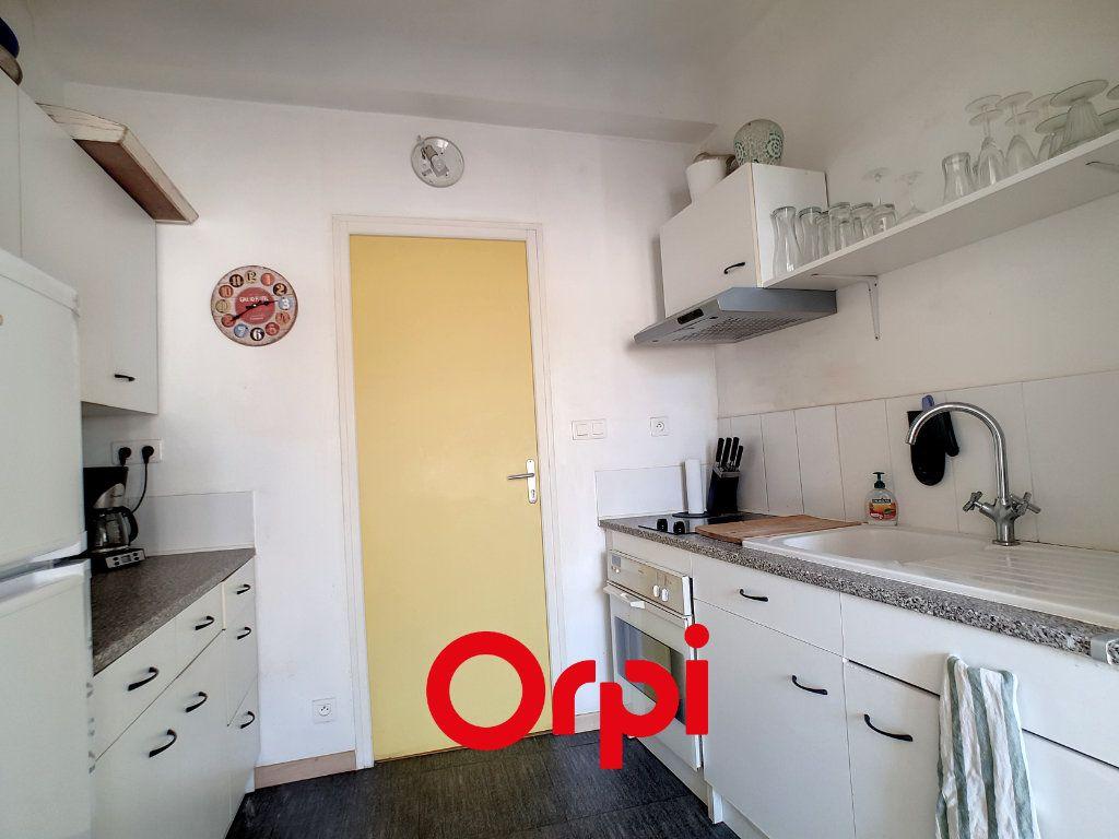 Appartement à louer 2 39.08m2 à Bandol vignette-4