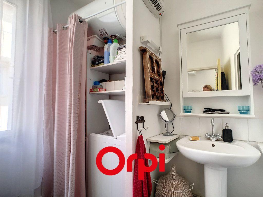 Appartement à louer 2 39.08m2 à Bandol vignette-7