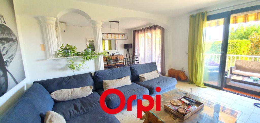 Appartement à vendre 3 66.84m2 à Bandol vignette-9