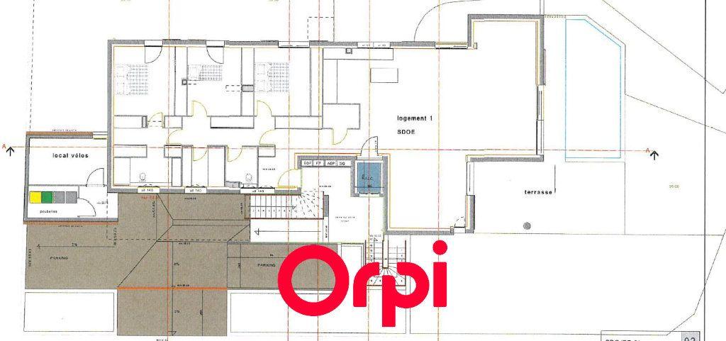 Appartement à vendre 4 173m2 à Bandol vignette-3