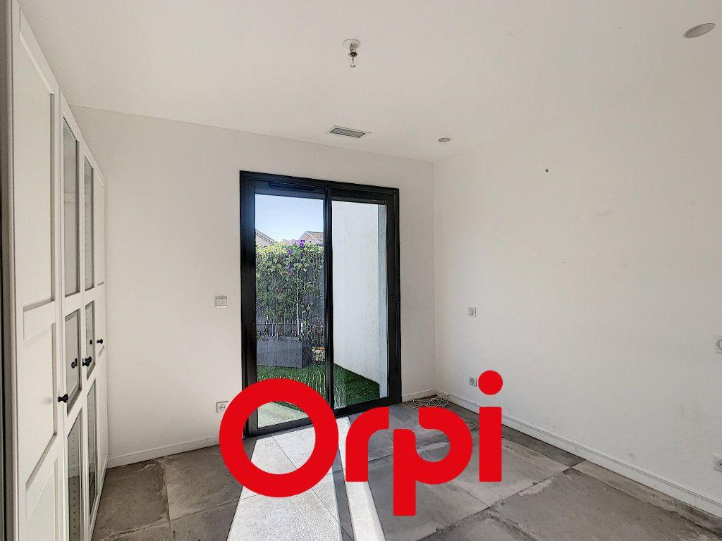 Appartement à vendre 4 97m2 à Bandol vignette-6