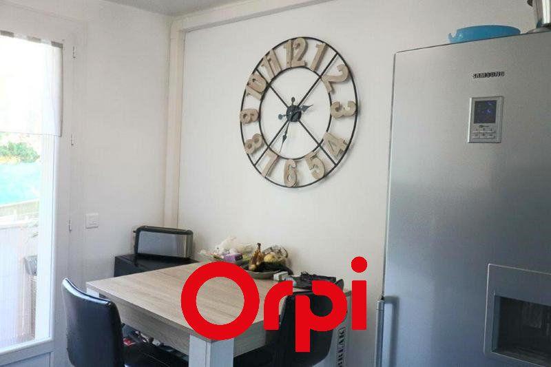 Appartement à vendre 2 50.31m2 à Bandol vignette-3
