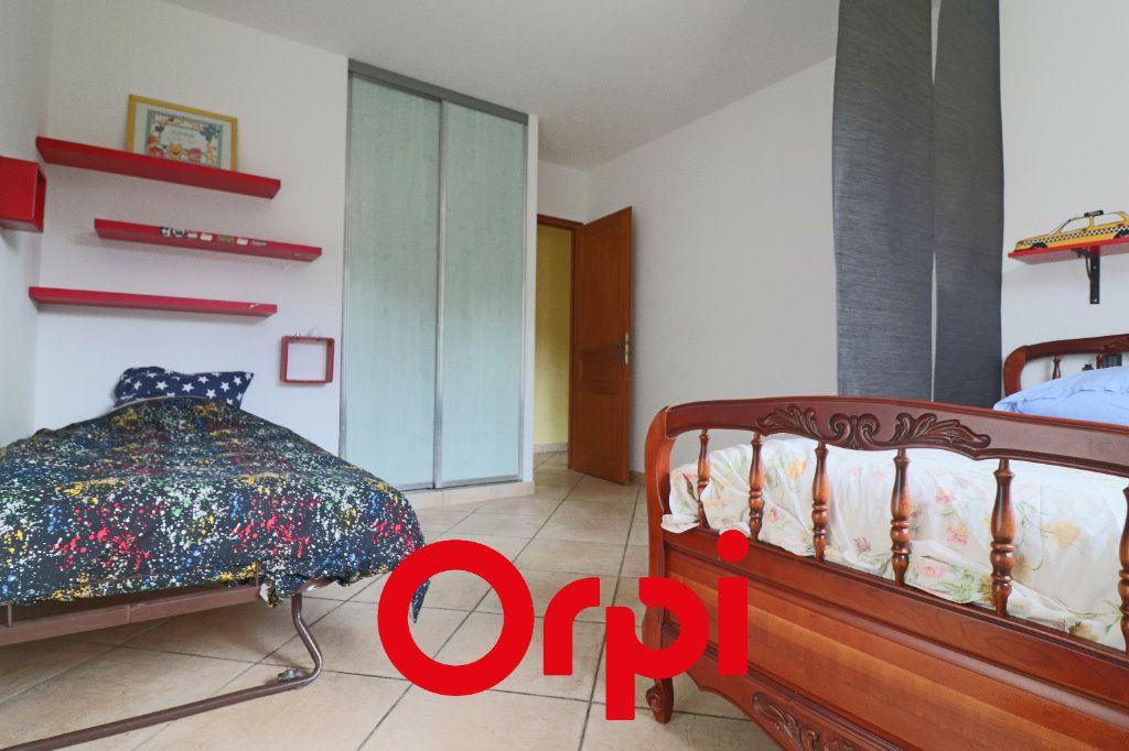 Maison à vendre 7 157.3m2 à Sanary-sur-Mer vignette-5