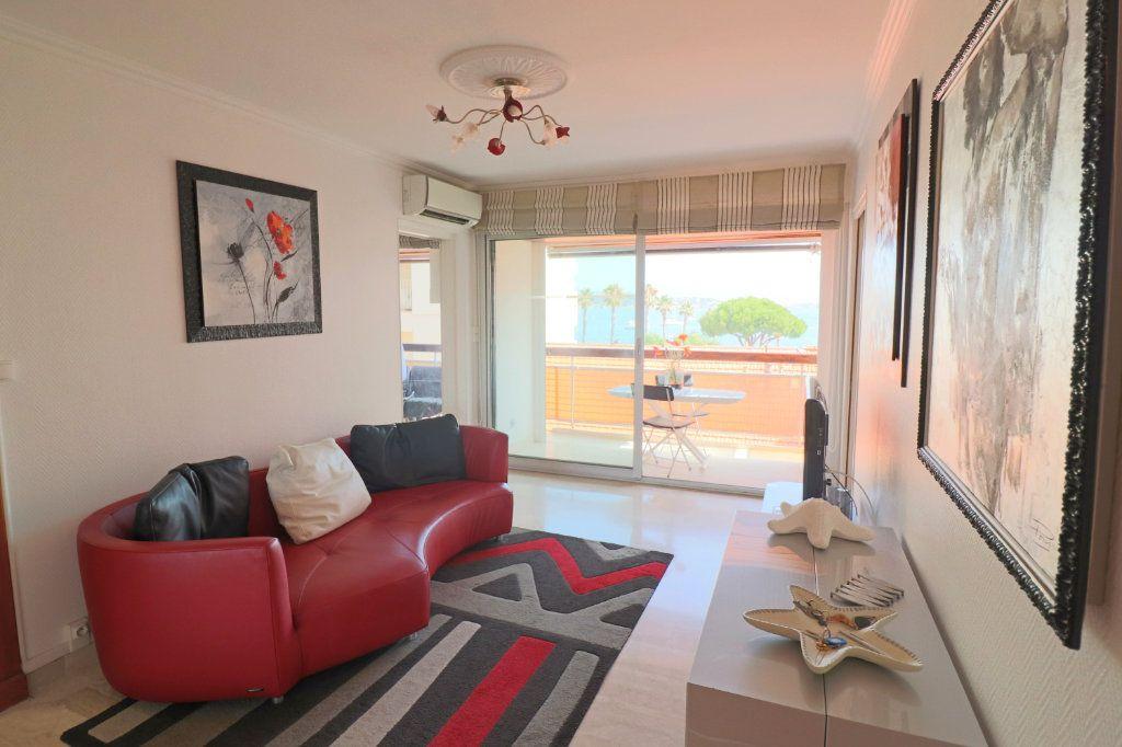 Appartement à vendre 4 51.87m2 à Bandol vignette-4