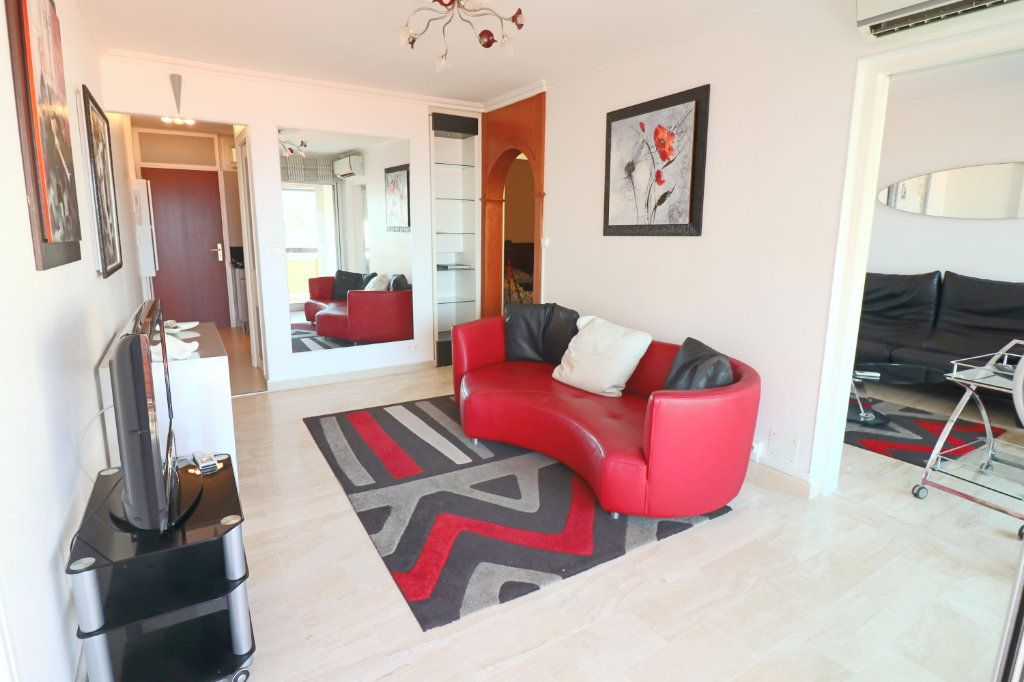 Appartement à vendre 4 51.87m2 à Bandol vignette-5