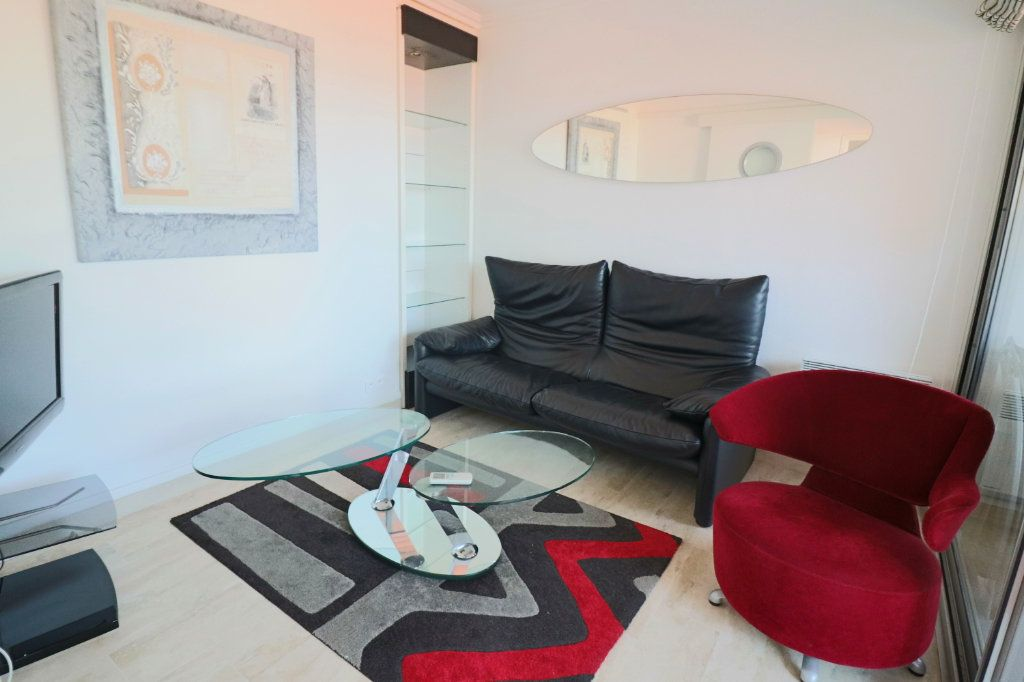 Appartement à vendre 4 51.87m2 à Bandol vignette-6