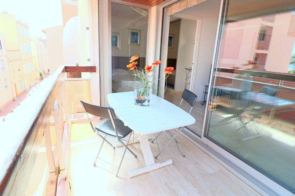 Appartement à vendre 4 51.87m2 à Bandol vignette-10