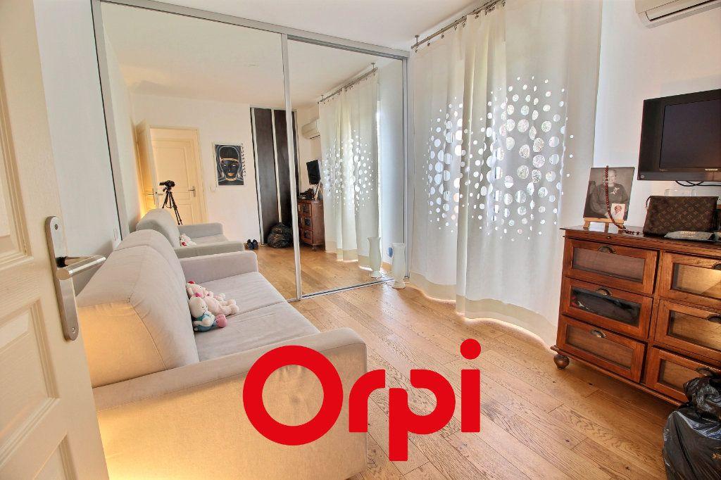 Appartement à vendre 4 94.68m2 à Bandol vignette-5