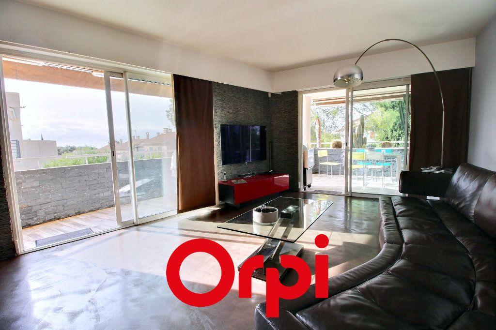 Appartement à vendre 4 94.68m2 à Bandol vignette-7