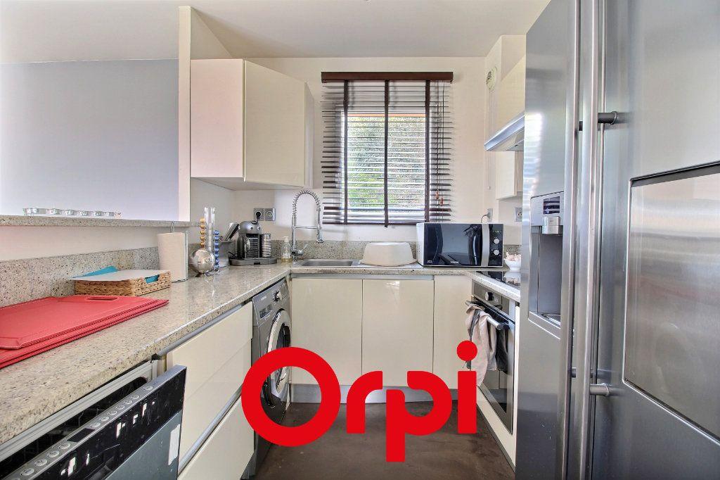 Appartement à vendre 4 94.68m2 à Bandol vignette-8