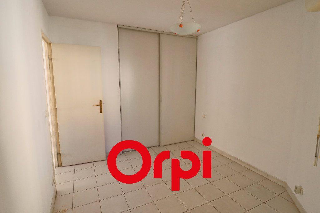 Appartement à vendre 2 52m2 à Bandol vignette-4