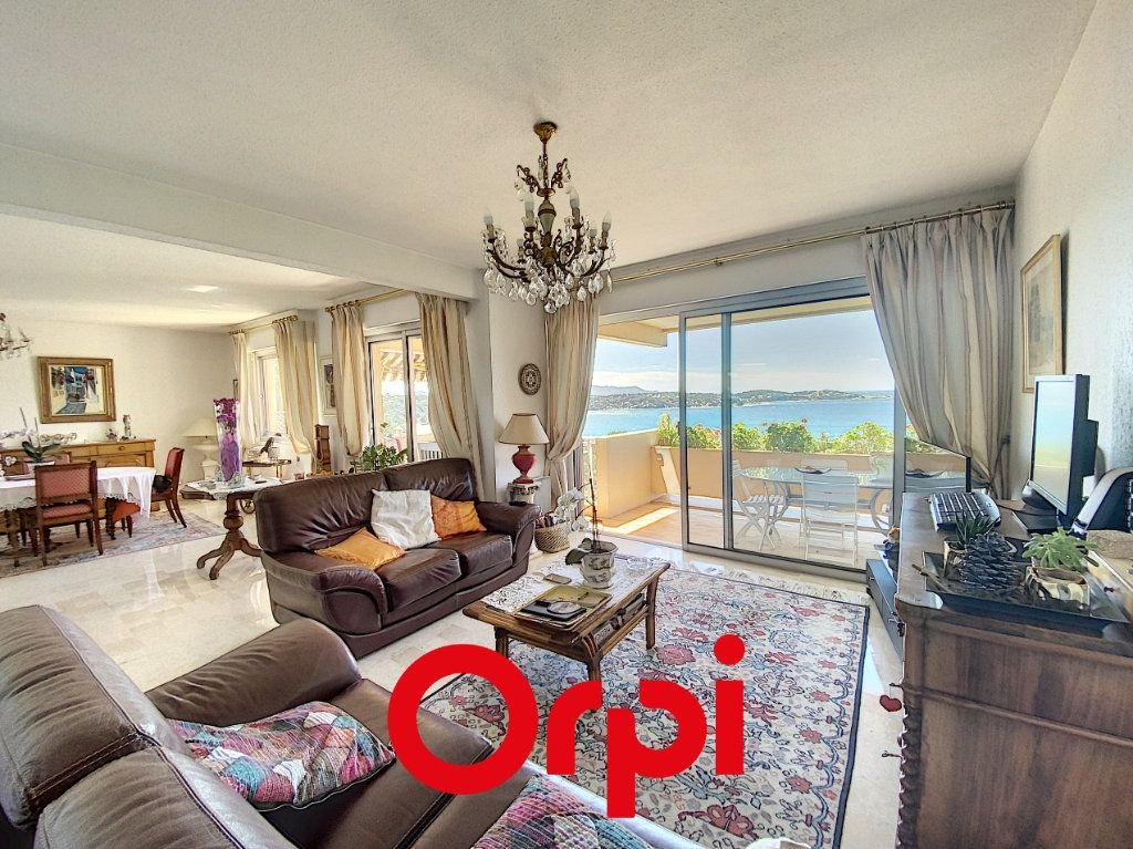 Appartement à vendre 3 102.78m2 à Bandol vignette-2