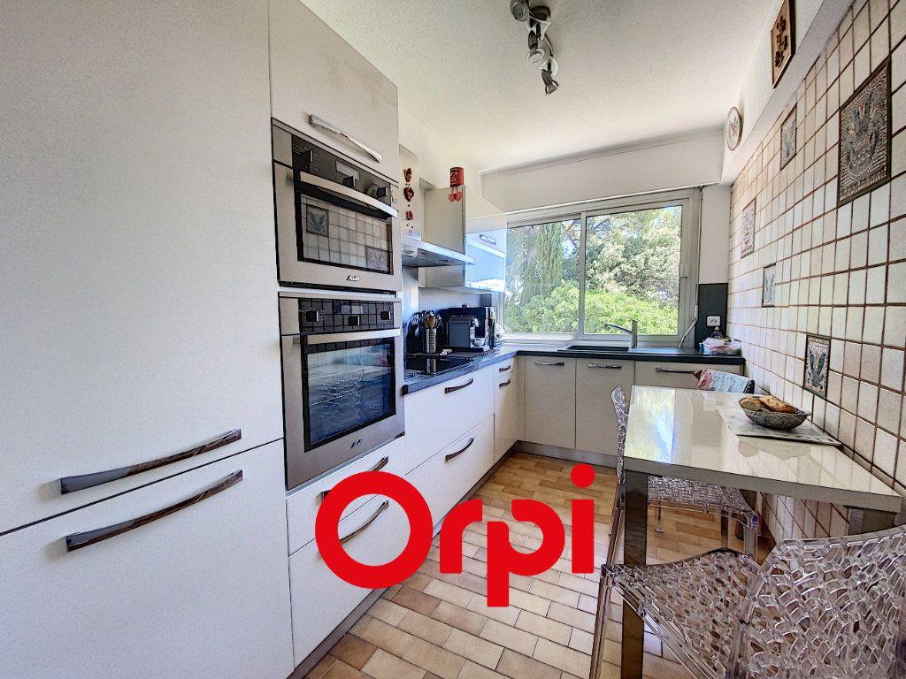 Appartement à vendre 3 102.78m2 à Bandol vignette-4