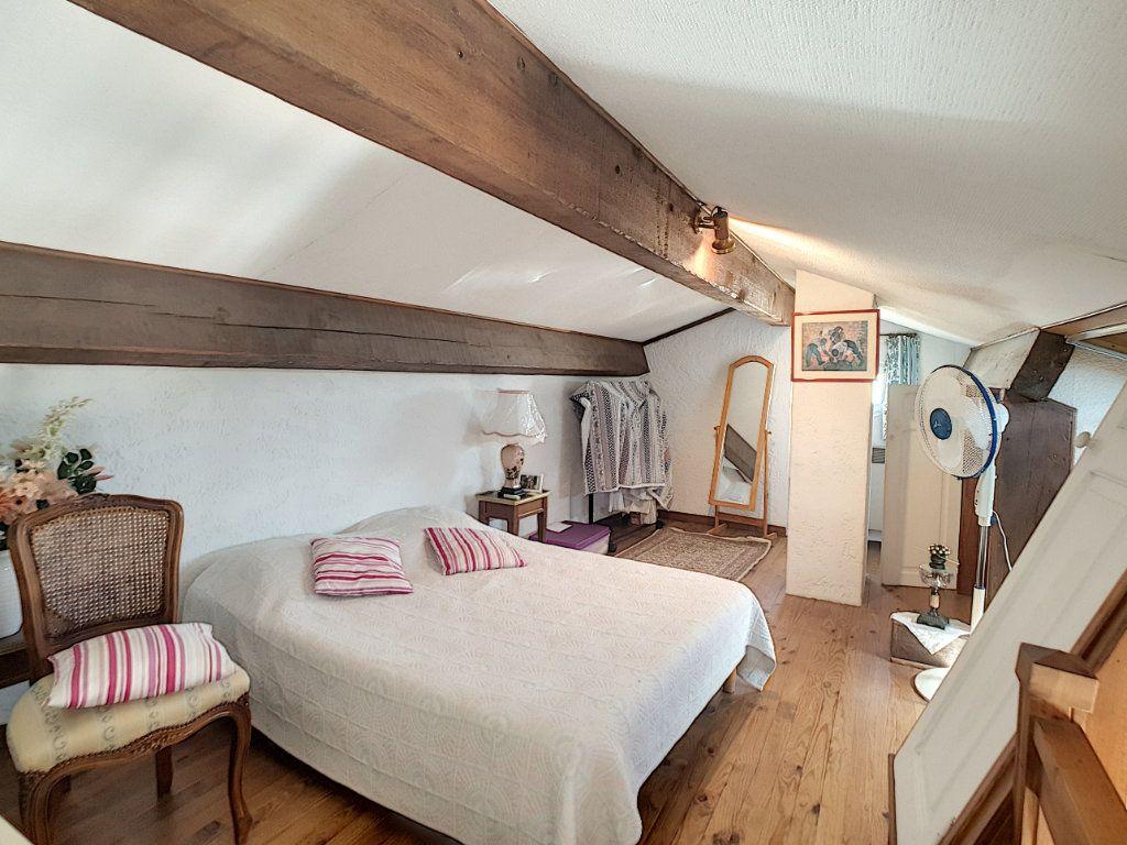 Appartement à vendre 3 70.05m2 à Bandol vignette-11