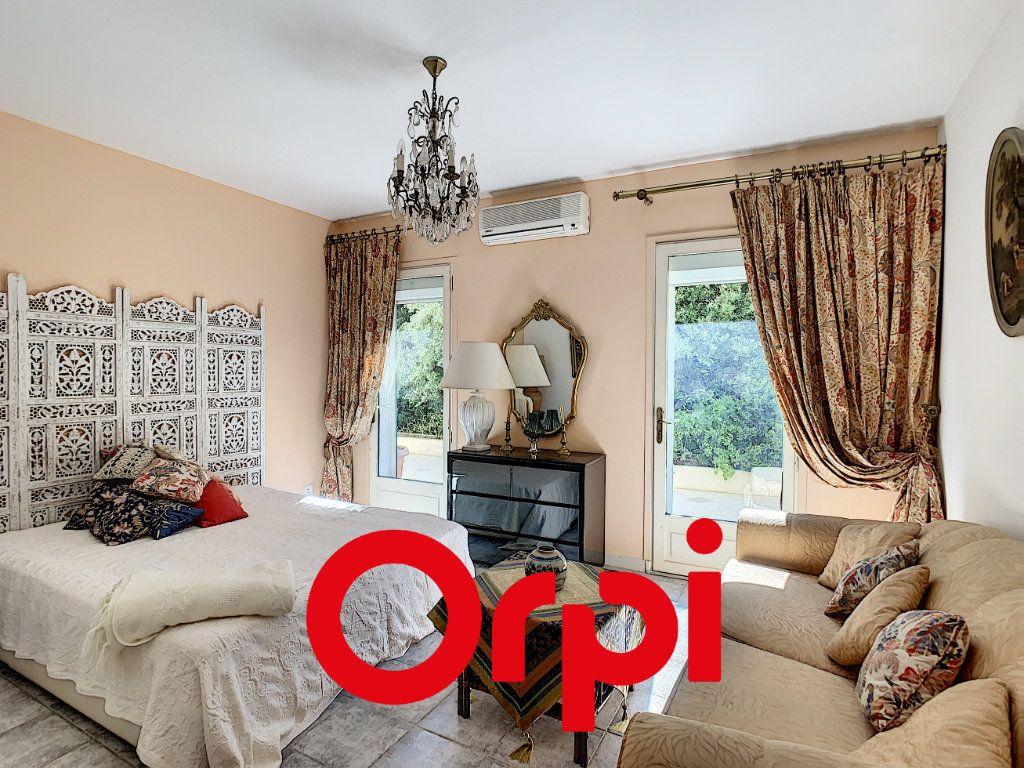 Maison à vendre 10 486m2 à La Cadière-d'Azur vignette-14