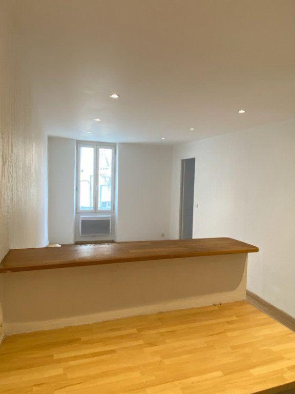 Appartement à louer 2 30.81m2 à Bandol vignette-4